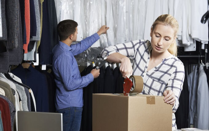 How Best To Pack Your Clothes for Shipping